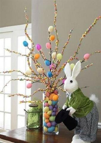 Decoração de páscoa com galhos decorados