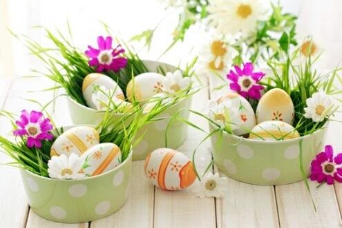 Decoração de páscoa com ninho de ovos