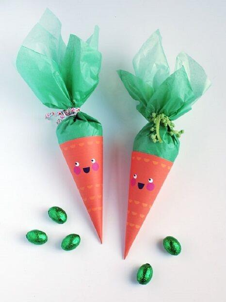 Decoração de páscoa com sacolinha de cenoura