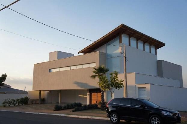 Fachadas de sobrados com cores neutras Projeto de Braga Ueno Arquitetos