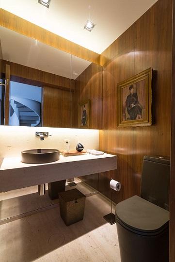 Lavabo com bancada de mármore travertino Projeto de Batistelli Arquitetura