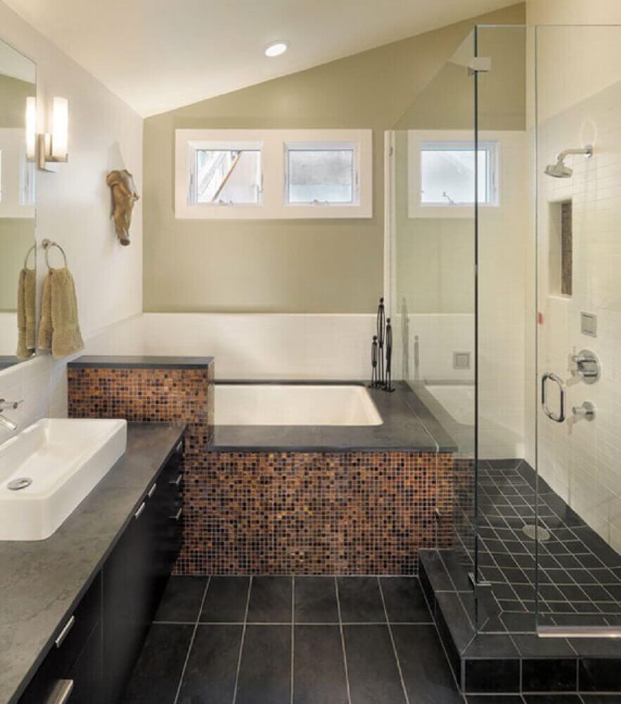 Modelos de banheiro com banheira e pastilhas