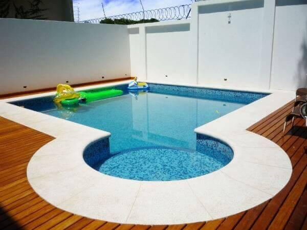 Modelos de piscina de alvenaria para casa