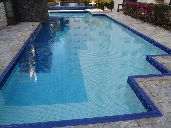 Modelos de piscina vinil com borda