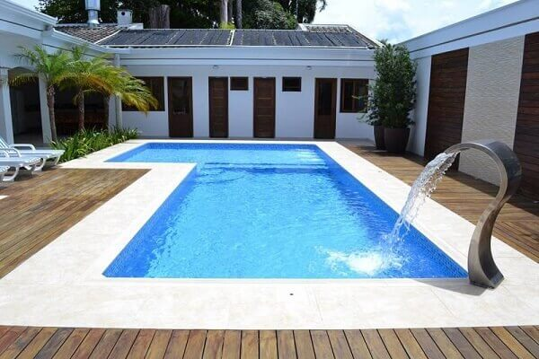 Modelos de piscinas alvenaria vinil ou fibra saiba qual for Modelos de piscinas de material