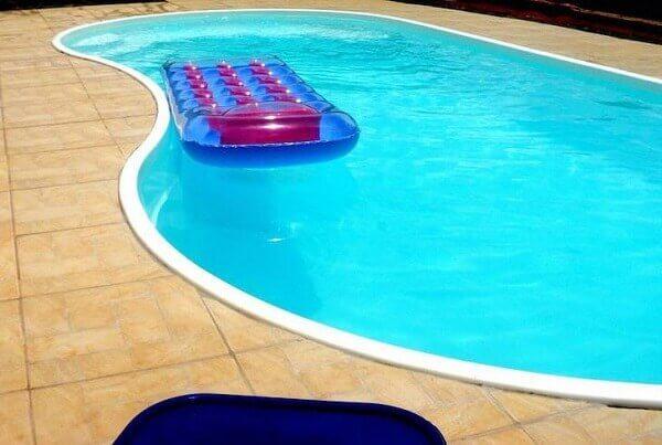 Modelos de piscinas de fibra grande