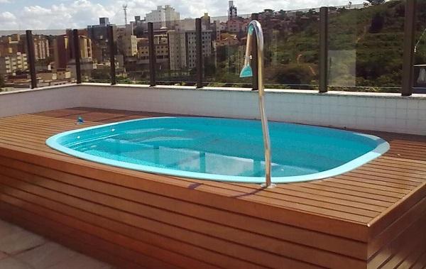 Modelos de piscinas de fibra pequena