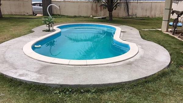 Modelos de piscinas de fibra pequenas