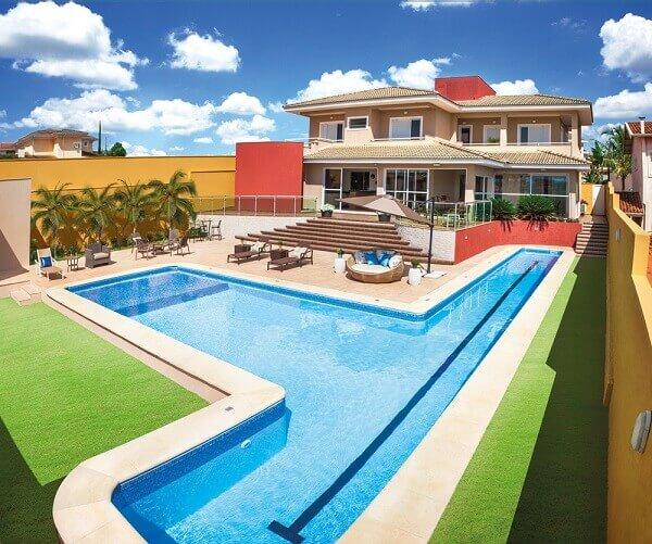 Modelos de piscinas de vinil para casa luxuosa