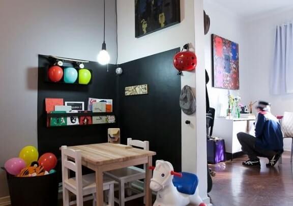 Parede de espaço infantil em tinta lousa Projeto de Buji