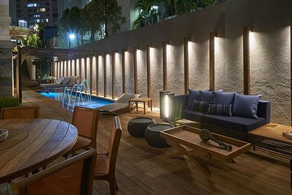 Piso para piscina de madeira Projeto de Casa Cor MG 17
