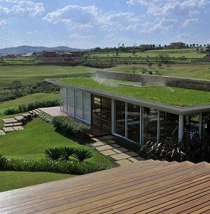 Telhado verde com sistema de irrigação Projeto de Mauricio Queiroz