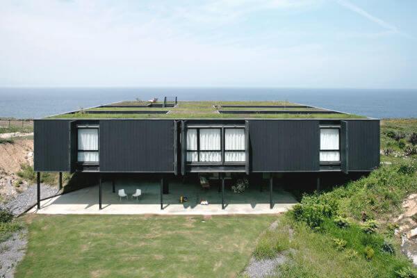 Telhado verde em casa moderna