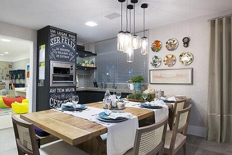 Varanda gourmet com tinta lousa na churrasqueira Projeto de Lorrayne Zucolotto