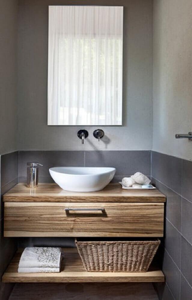 armário de madeira para lavabo pequeno