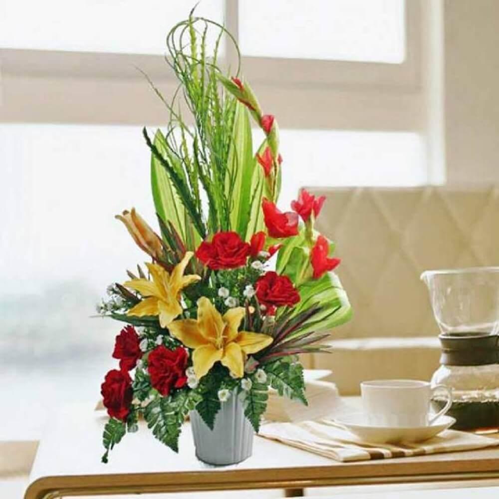 arranjos florais artificiais simples