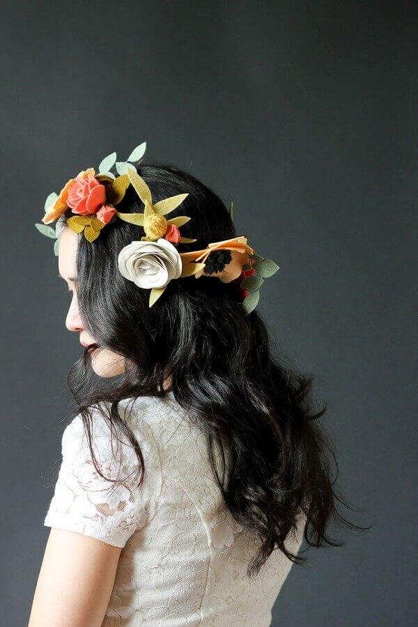 artesanato em feltro para coroa de flores