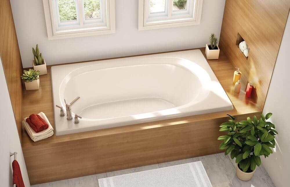 banheira de embutir com base de madeira