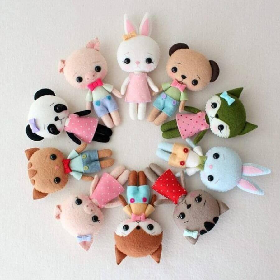 brinquedo feito de artesanato em feltro