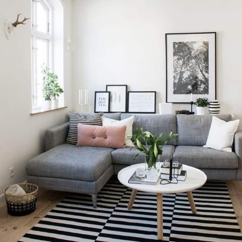 casa decorada com tapete listrado