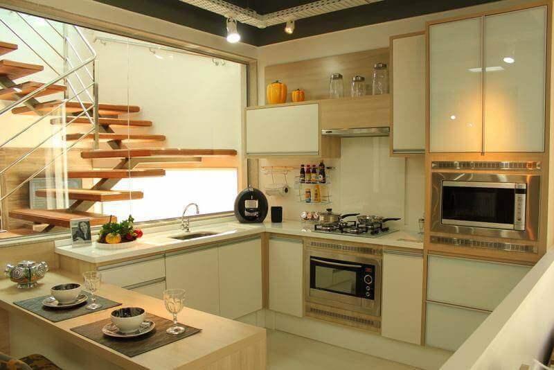 cozinha decorada em tons de bege