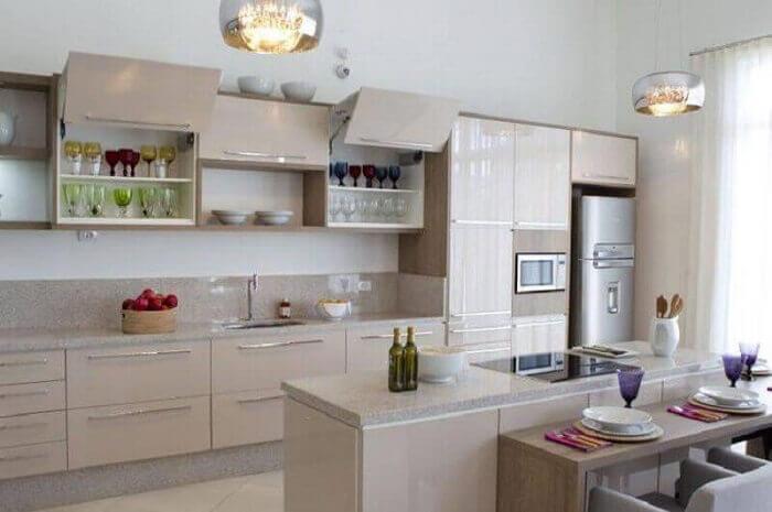 cozinhas planejadas espaçosas