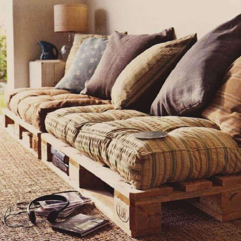 decoração com sofá de pallets