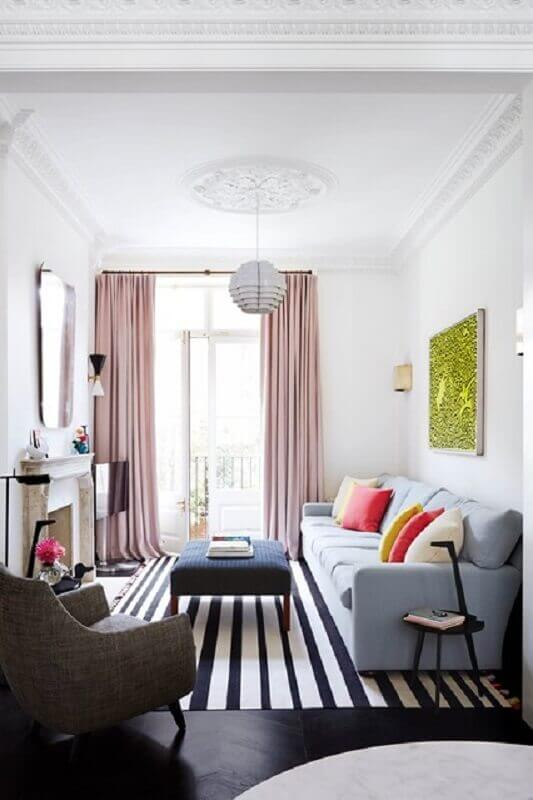 decoração de casa pequena com tapete