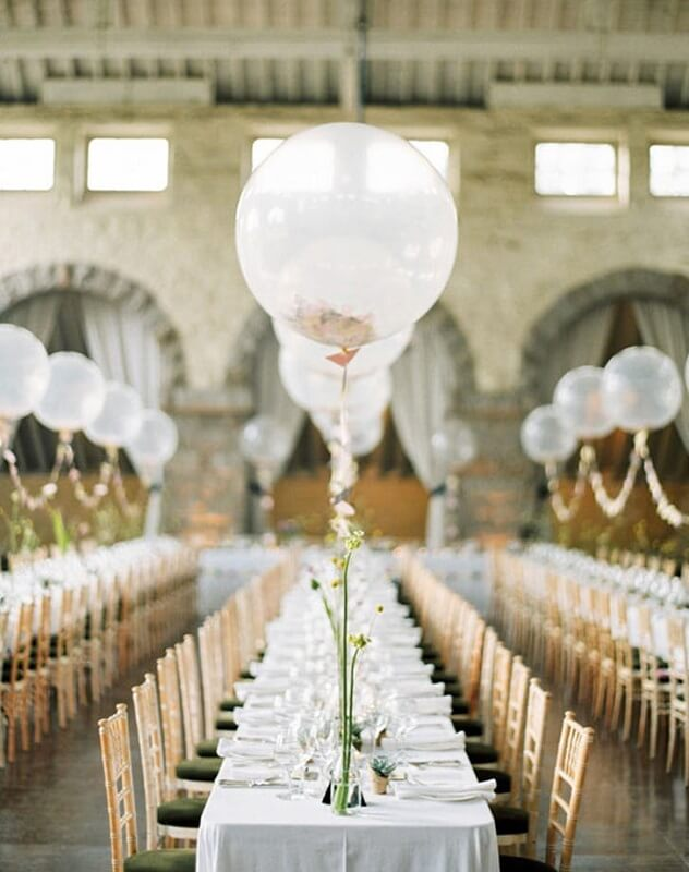 simple balloon wedding decoration