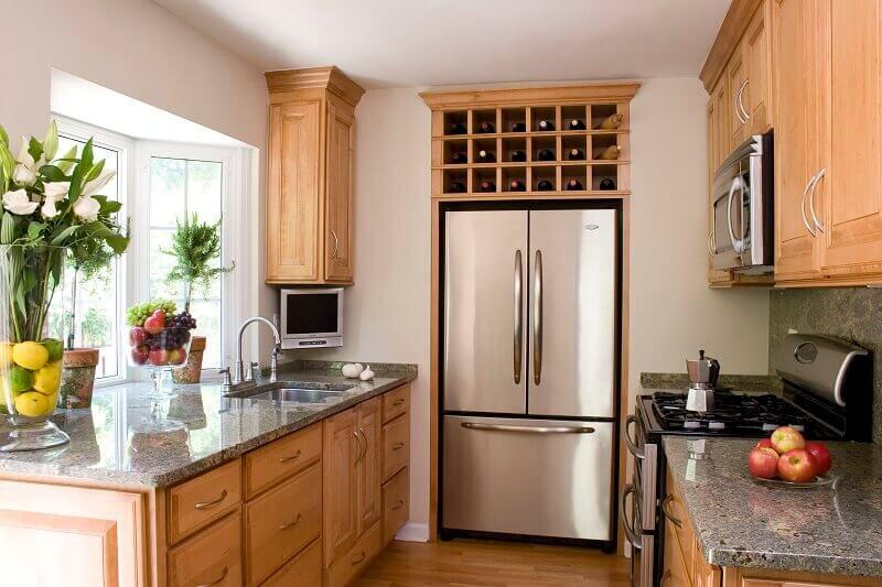 decoração de cozinhas planejadas com adega