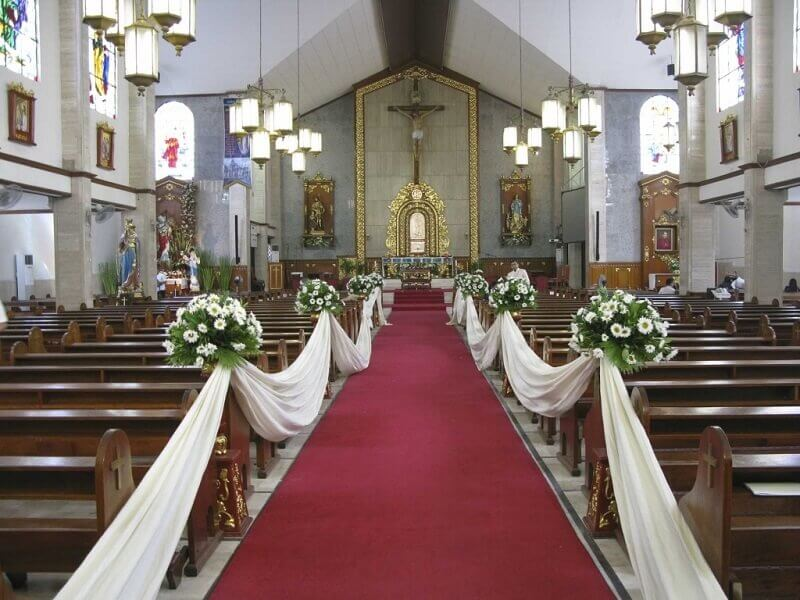 church decoration for white flowers wedding