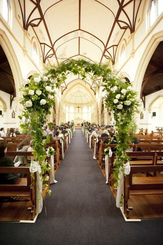 church decoration for wedding with flowers