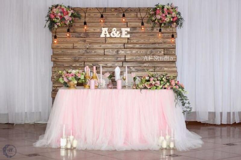 + 61 Modelos de Decoraç u00e3o de Casamento Simples para se Inspirar -> Decoração De Mesa De Casamento Barato