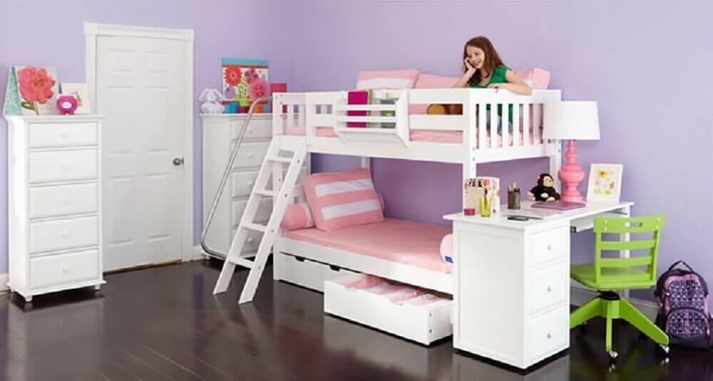 decoração de quarto com beliche infantil com escrivaninha
