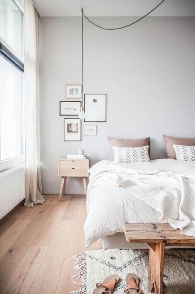 Decoração de quarto simples e minimalista com pendente