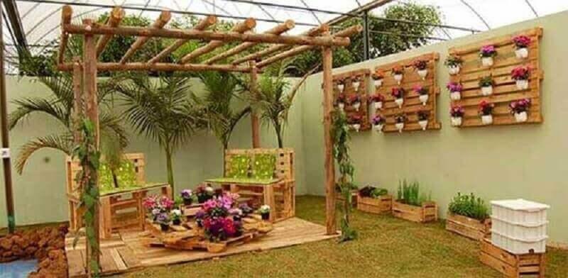 decoração jardim com pallets