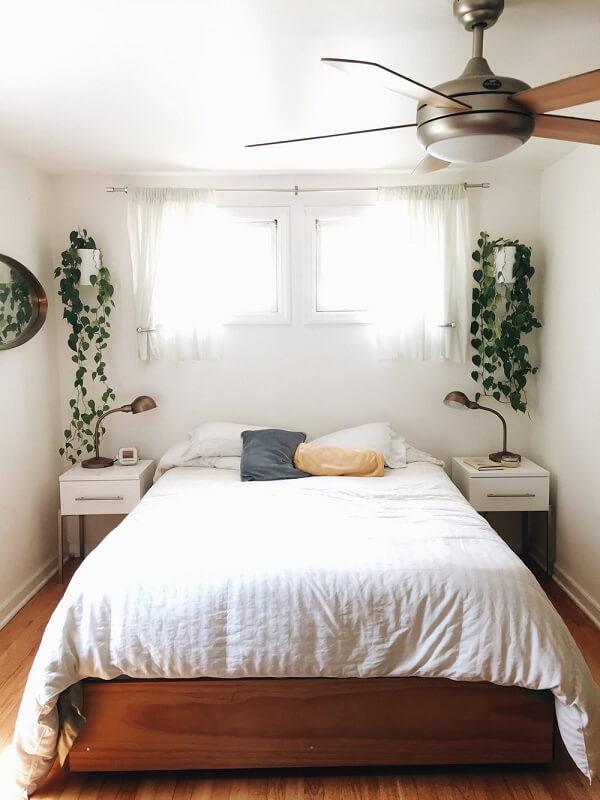 decoração minimalista no quarto com ventilador