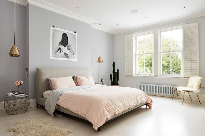 decoração minimalista no quarto rosa claro