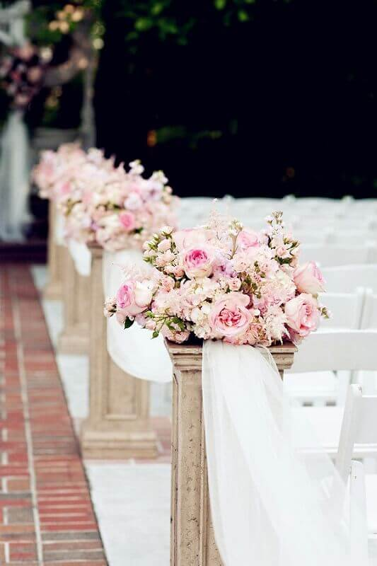 romantic church decoration for marriage