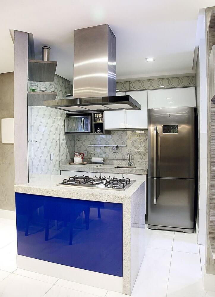 espaço para cozinha pequena com ilha