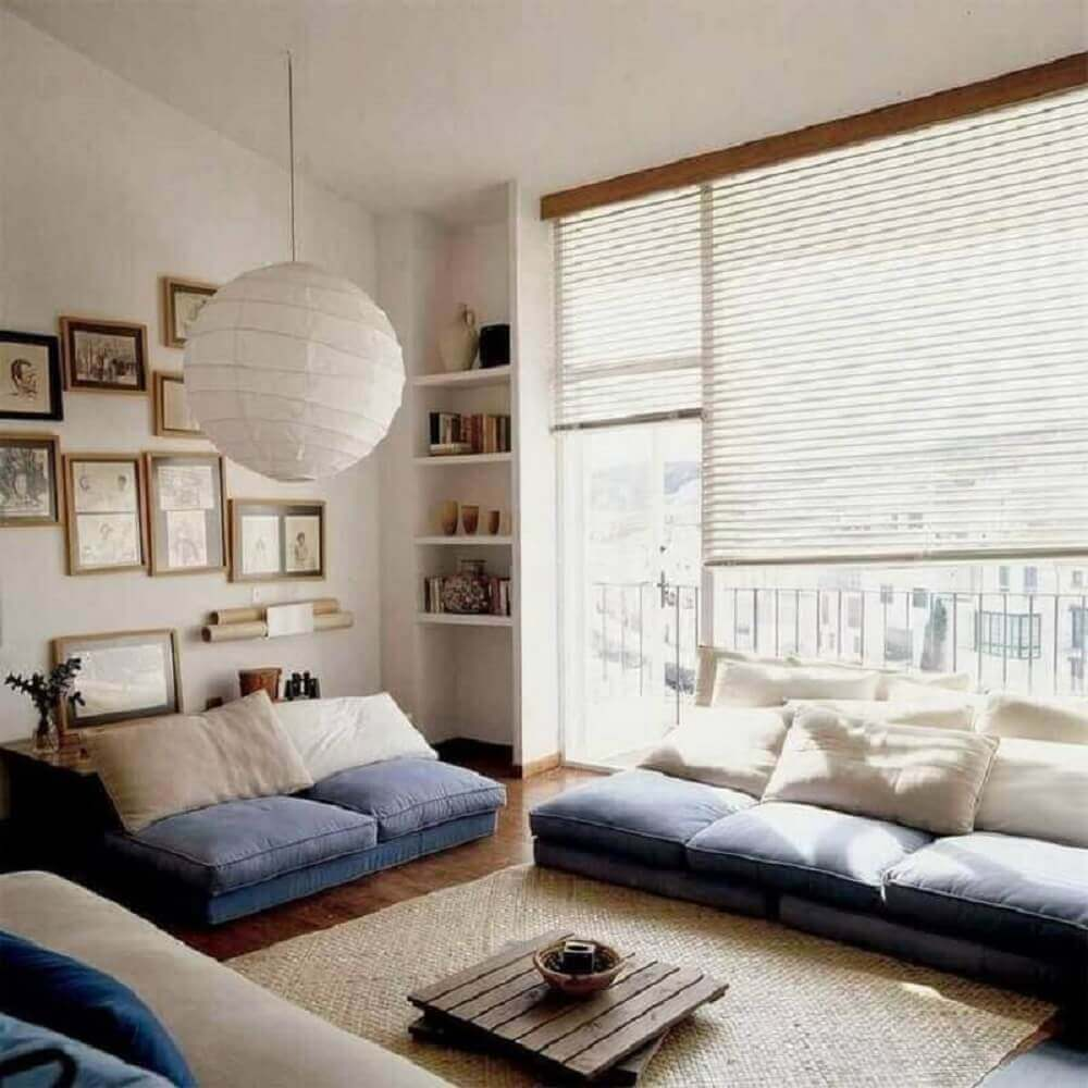 Decoração para sala simples com luminária japonesa