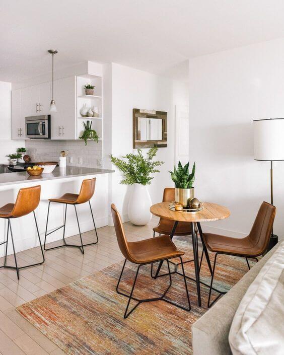 Sala para mesa de jantar pequena