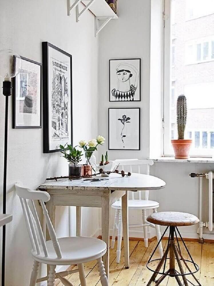 mesa de jantar pequena e dobrável