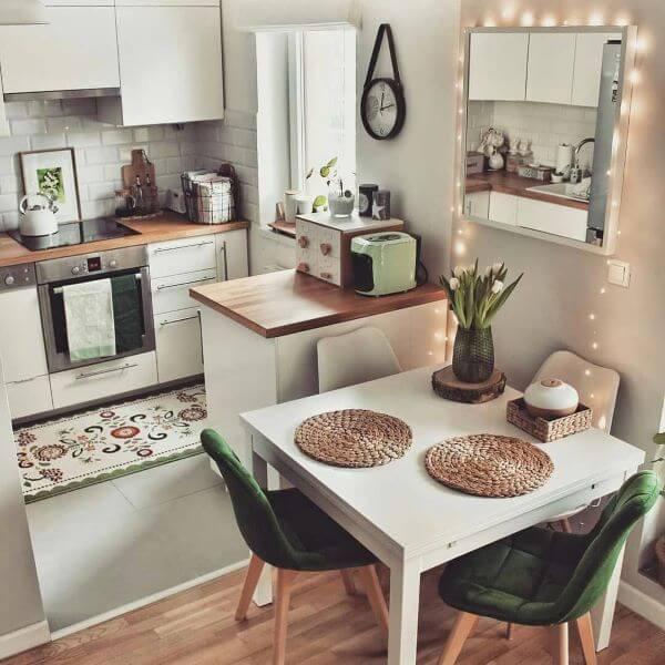 Mesa de jantar pequena para 4 lugares
