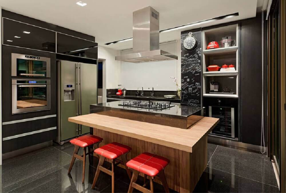 modelo de cozinha planejada com ilha