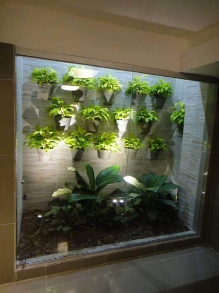 modelo de jardim de inverno com parede de pedras