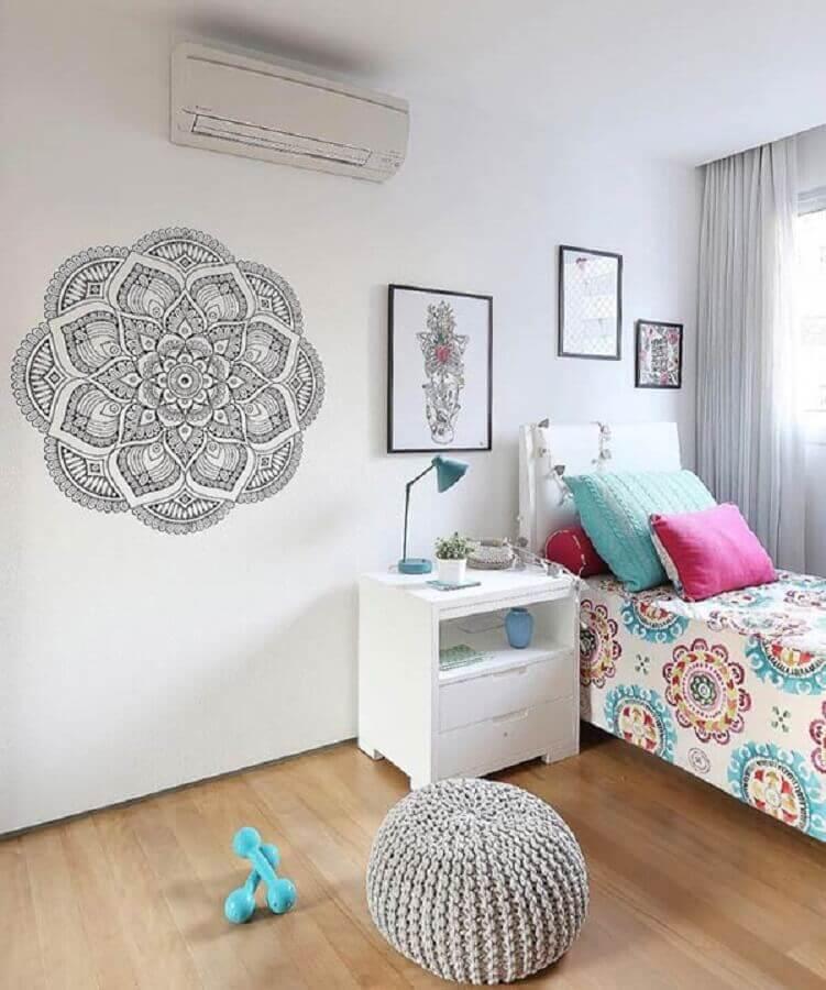 puff de crochê para decoração de quarto simples Foto Pinterest