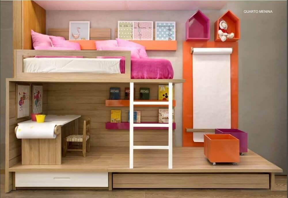 quarto com beliche infantil com escrivaninha