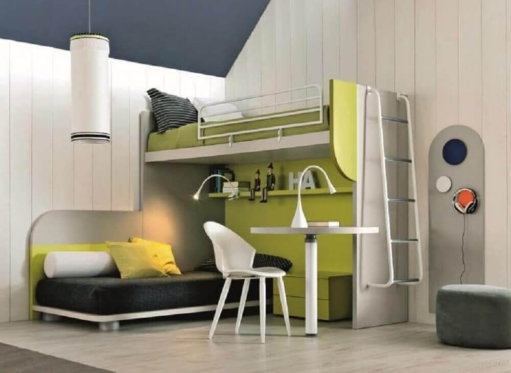 quarto moderno usando beliche com escrivaninha embaixo