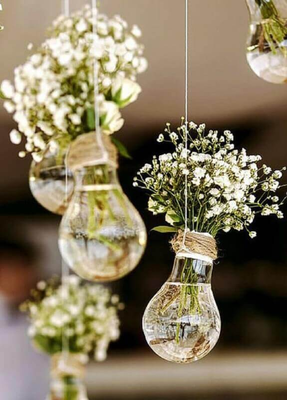recyclable for simple and inexpensive wedding decoration
